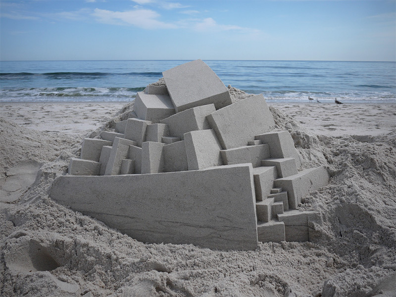 New York-based sandcastle artist Calvin Seibert ( previously ) just returned from a 10-day trip to H
