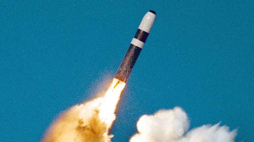 UGM-133A Trident II БРПЛ — единственная баллистическая ракета на вооружении морского компонента стратегических ядерных сил (СЯС) США (ПЛАРБ класса «Огайо») и Великобритании (ПЛАРБ класса «Вэнгард»)