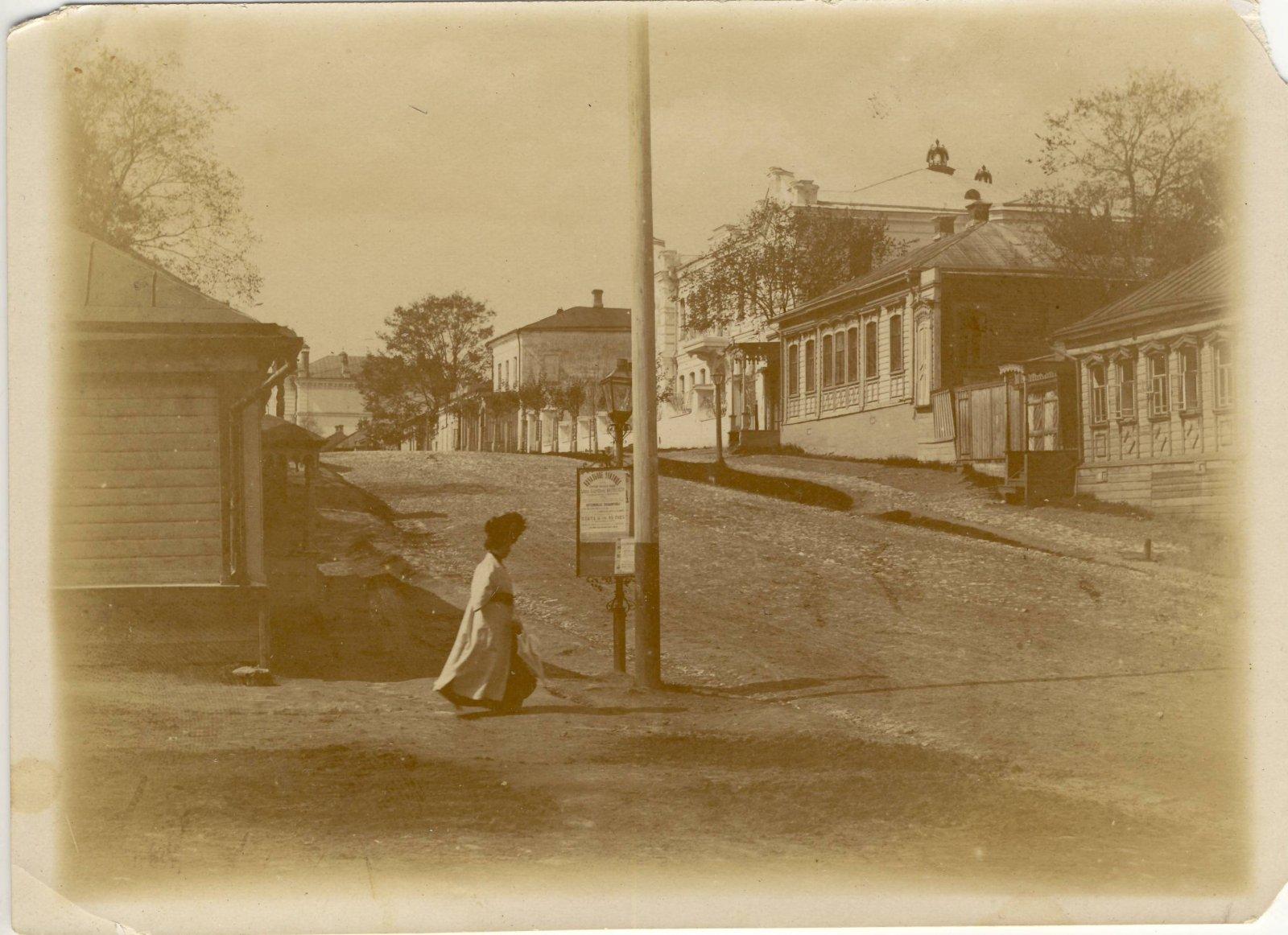 Владимирская улица  Вид от Подгорной улицы. 1916