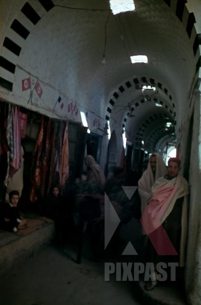 stock-photo-souq-almushir-market-tripoli-libya-1942-german-afrika-korp-12491.jpg