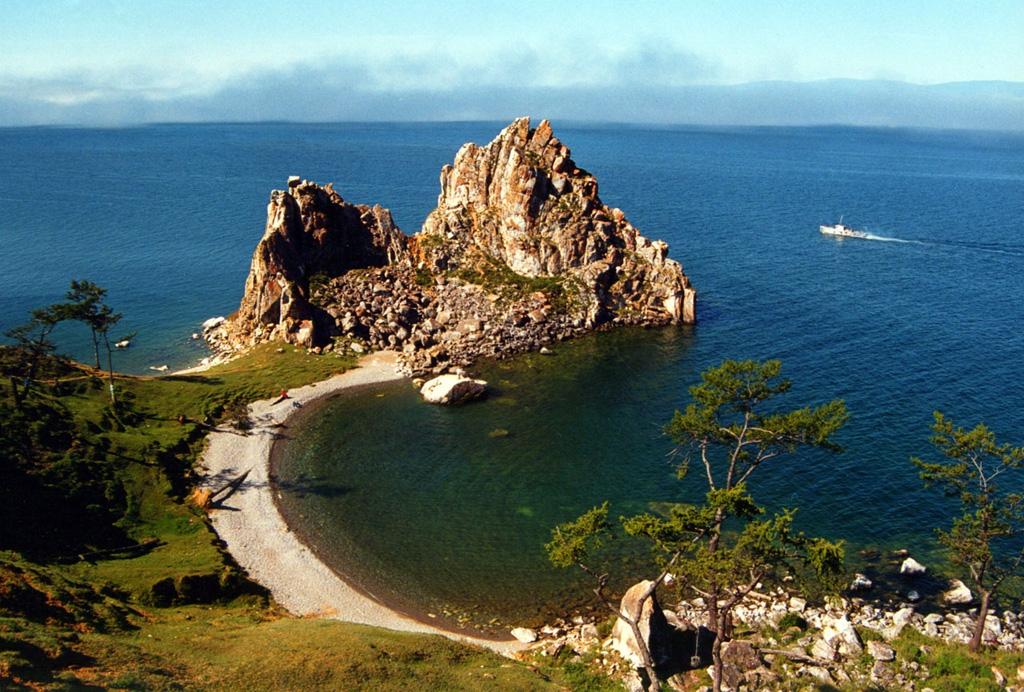 13 сентября — День озера Байкал. Поздравляем