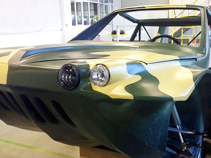 В России представили внедорожник «Тритон» смягким крылом— Земля-вода-воздух