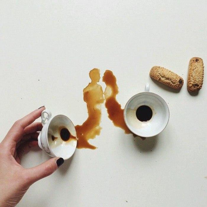 Кофе не желаете? Очаровательные рисунки, созданные при помощи кофейных пятен (13 фото)