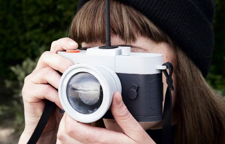 A camera that prohibits you from taking unoriginal photographs