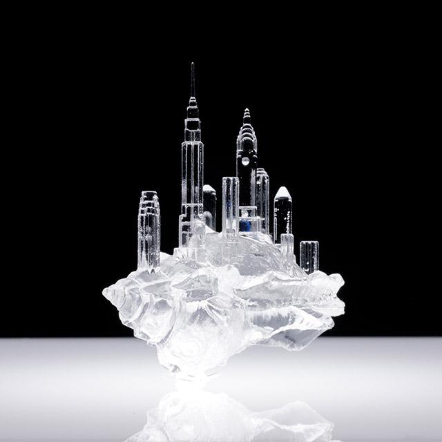 NYC / © Aki Inomata courtesy of Ai Kowada Gallery