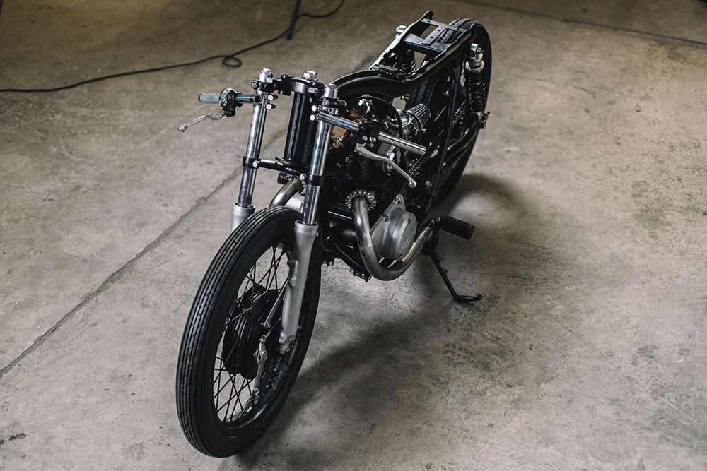 Hookie Co.: кафе рейсер Honda CB250