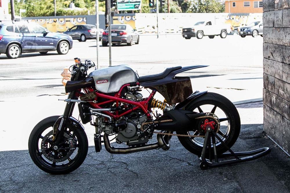 Deus Ex Machina: модифицированный Ducati Hypermotard для Пайкс Пик 2018