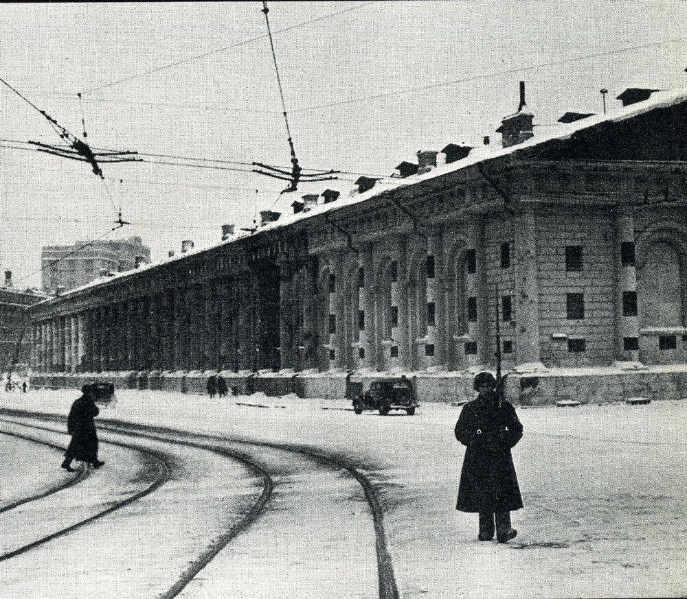 18614 Моховая улица. Патруль Истребительного батальона.jpg