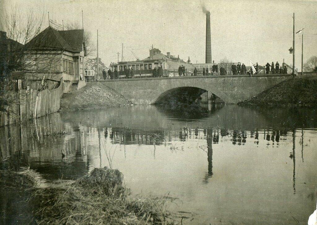 620582 Богатырский мост кон. 1920-х архив Елисеевой Т.Л..jpg