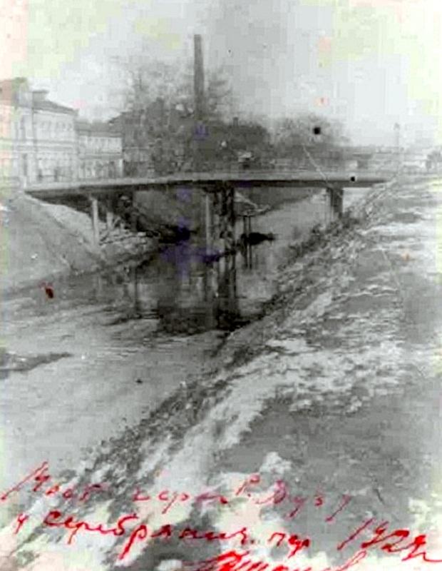 150630 Мост через Яузу у Серебрянического переулка.jpg29.jpg