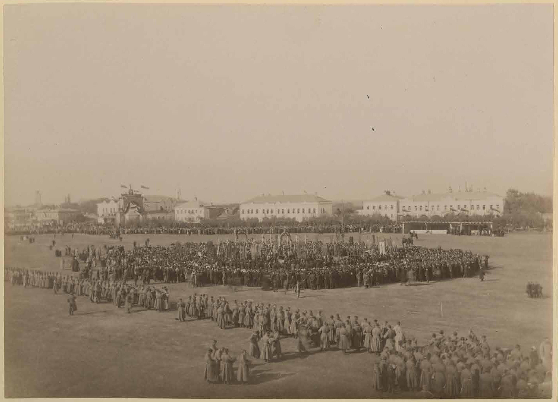 Празднование 800-летия города 21 сентября 1895. Благодарственное молебствие на Ильинской площади