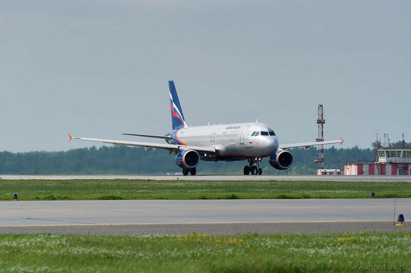 Airbus A320-214 (VP-BME) Аэрофлот 412_D802175