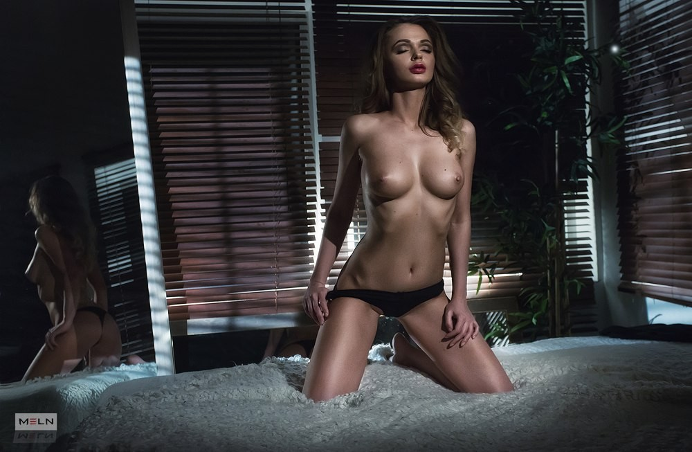 Красивое «Ню» Александра Мельна
