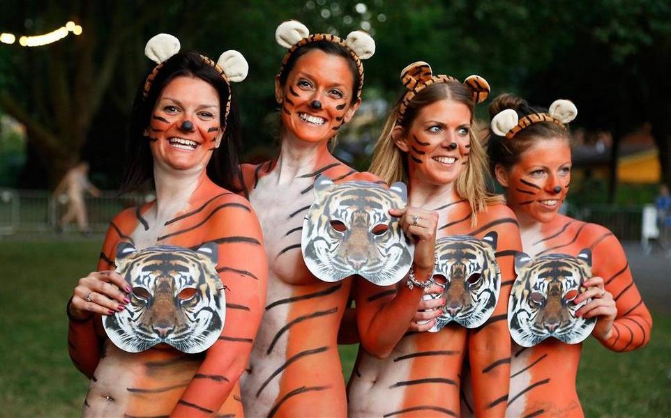 Голый забег «тигров» в лондонском зоопарке