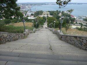Митридатская лестница - Достопримечательности Керчи