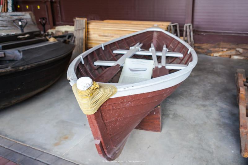 Ещё красот.. Прогулочные германская, финская и норвежская лодки. Попробуйте догадаться какая из них