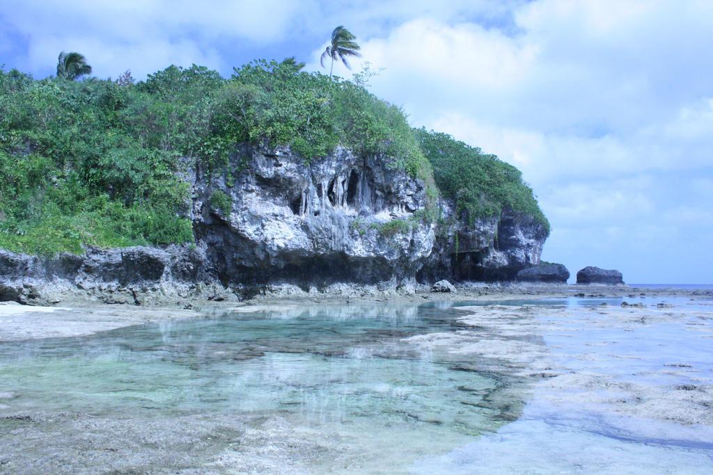 3. Ниуэ. (Фото: Pia Waugh / flikr.com) Ниуэ — это один из крупнейших в мире коралловых островов, кот