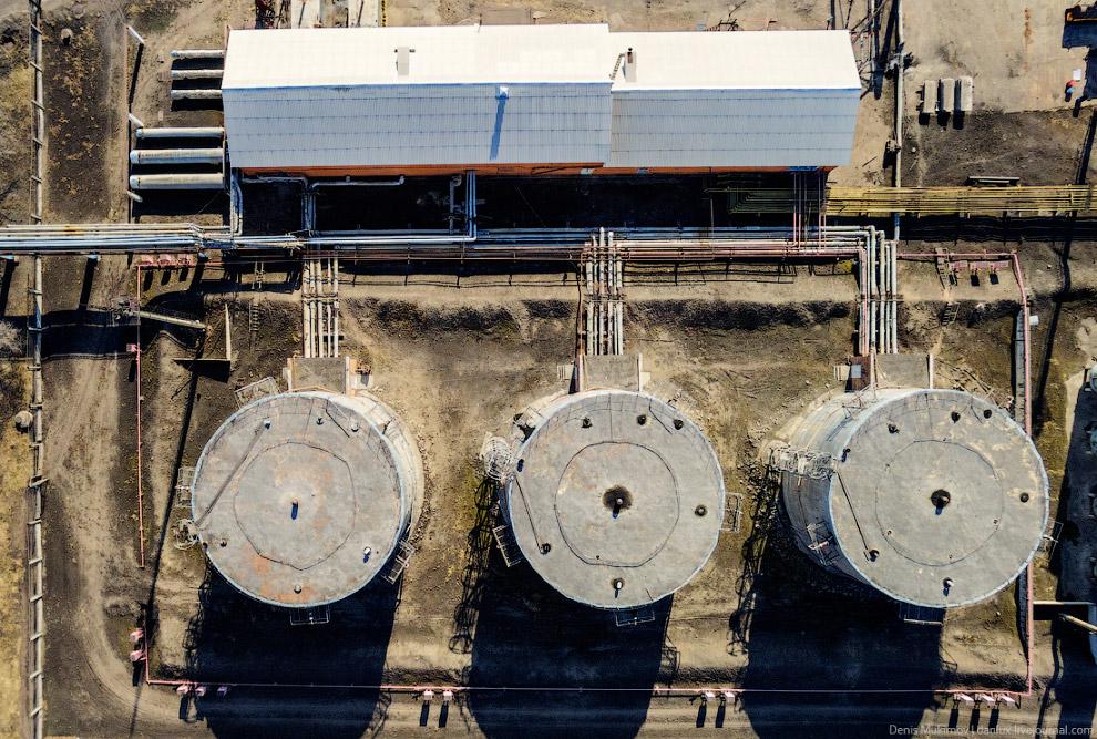 7. Уголь перемалывается до пылевидного состояния и подается в котлоагрегат. На фото цех топливо