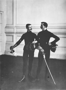 Гимнастическое общество «Польский сокол». Члены фехтовальной группы. Петербург, 1907.