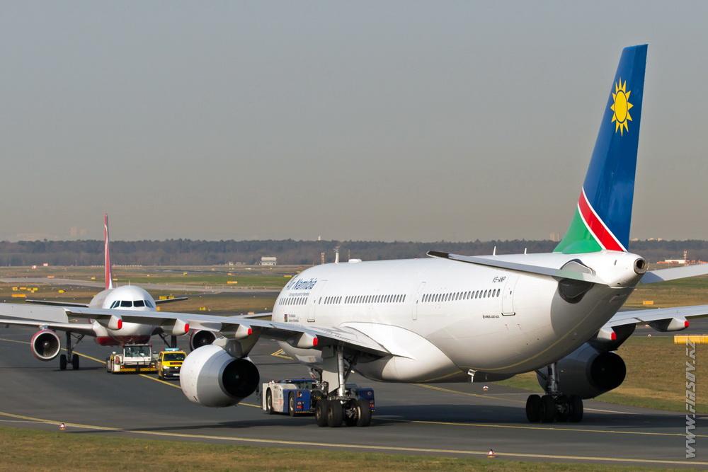 A-330_V5-ANP_Air_Namibia_6_FRA.JPG