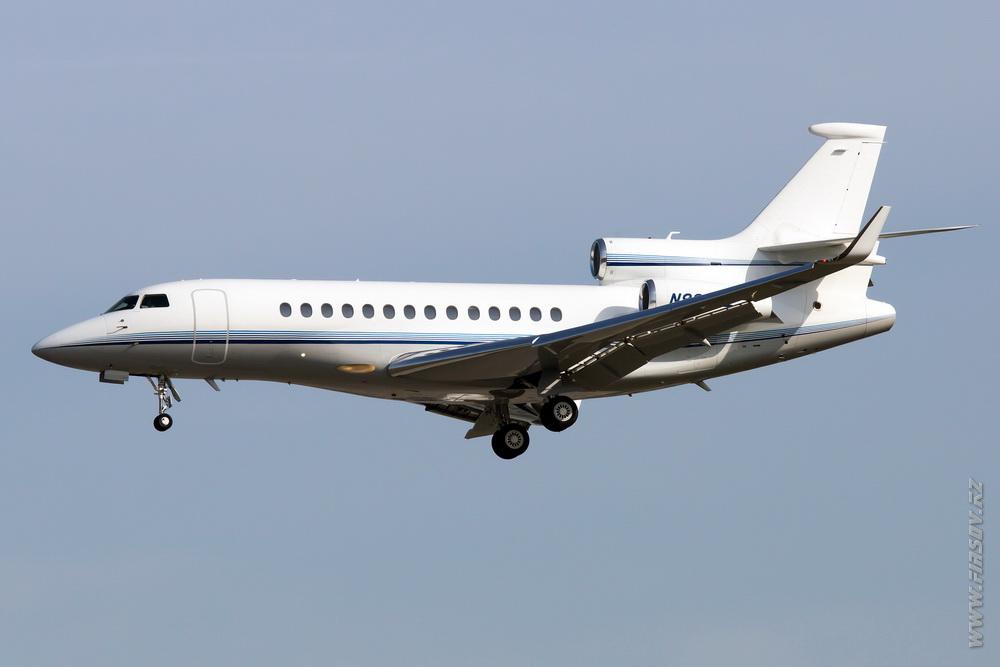 Dassault_Falcon_7X_N8000E_Private_1_FRA.JPG