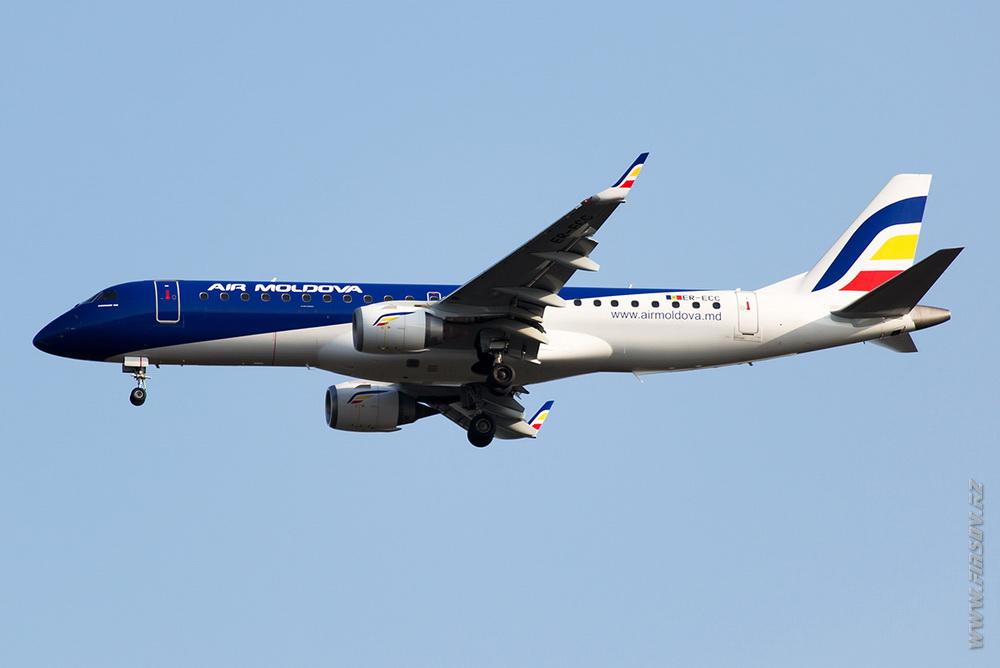 Embraer ERJ-190_ER-ECC_Air_Moldova _1_FRA.JPG
