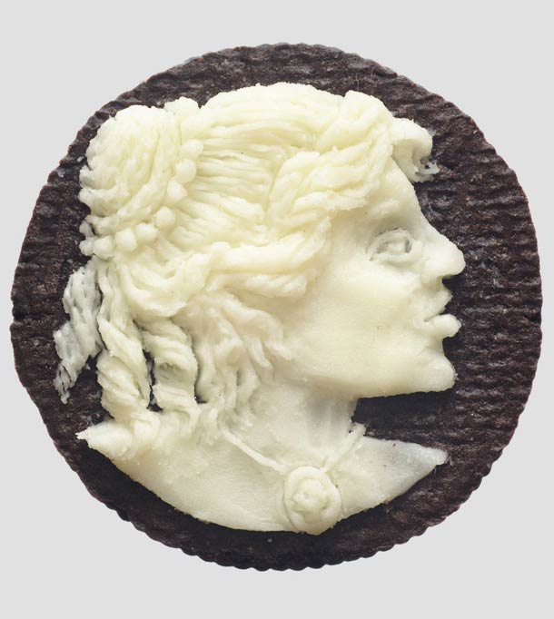 Oreo Sculptures – Portraits carved in Oreo cookies (15 pics)