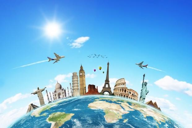 Открытка. День туризма. Самолет помогает туристам открытки фото рисунки картинки поздравления