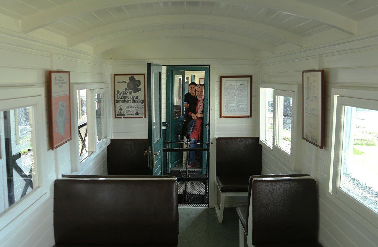 Стамбул. Музей Рахими Коча. Поездка на узкоколейном поезде