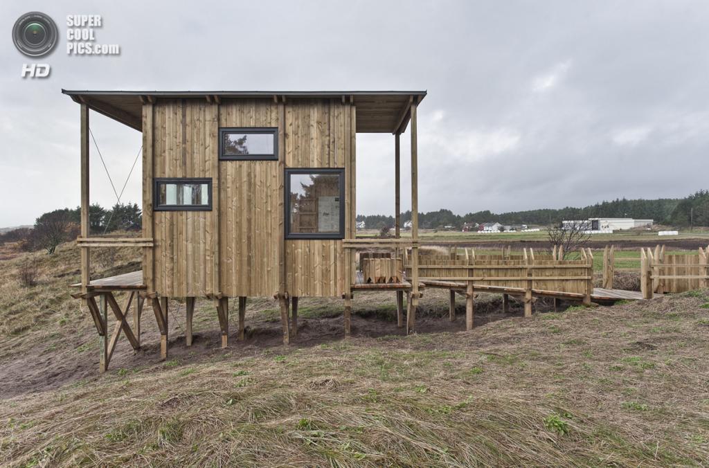 Норвегия. Фарсунн, Вест-Агдер. Обзорная кабина Lyset Paa Lista, спроектированная TYIN Tegnestue.