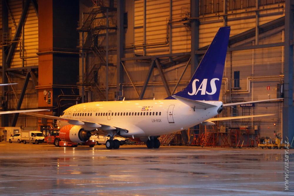 B-737_LN-RGK_SAS_1_ARN.JPG