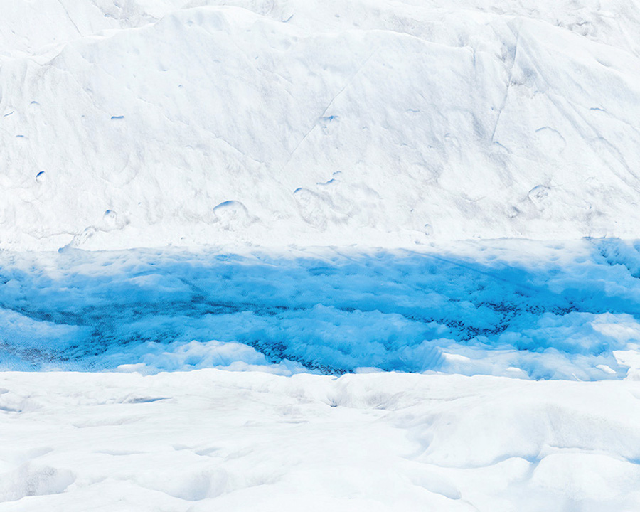 Magnificent Pictures of Patagonian & Icelandic Glaciers