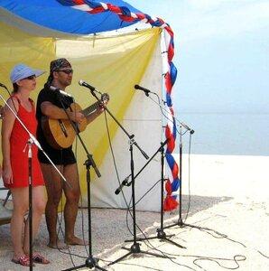 На фестивалях бардовских. Фото из ин-та. Фото Р. Тышечко (8).jpg