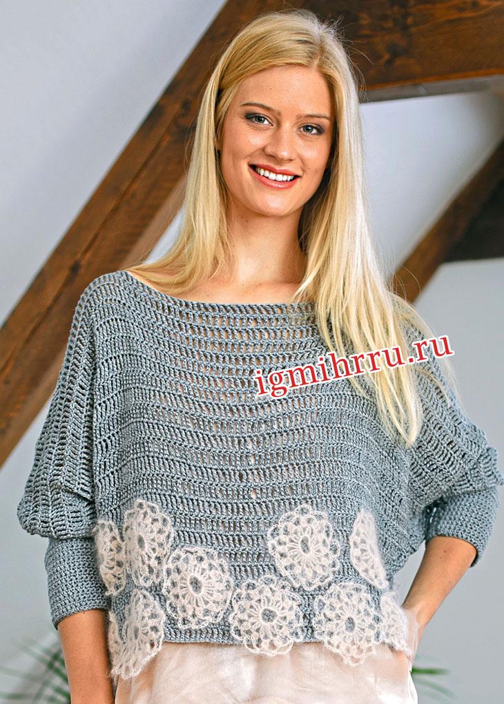 Сетчатый пуловер, украшенный ажурными цветами. Вязание крючком