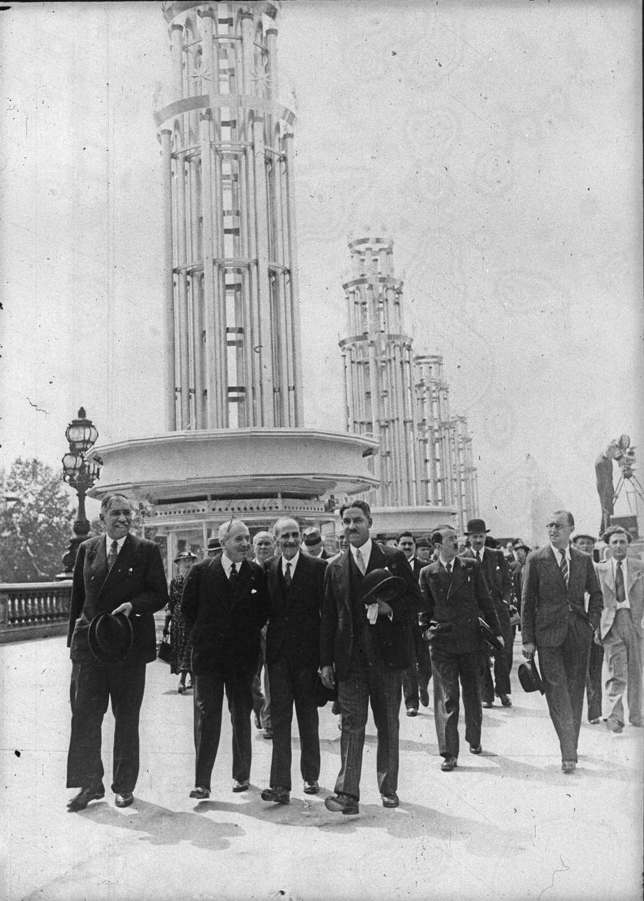 Торжественные мероприятия на мосту Александра III. 24 мая 1937