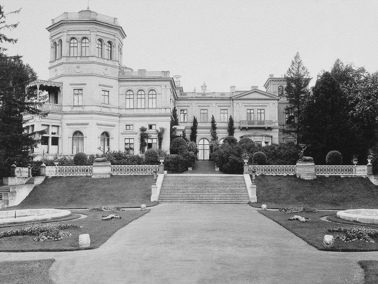 Вид усадьбы Михайловка. 1880-е