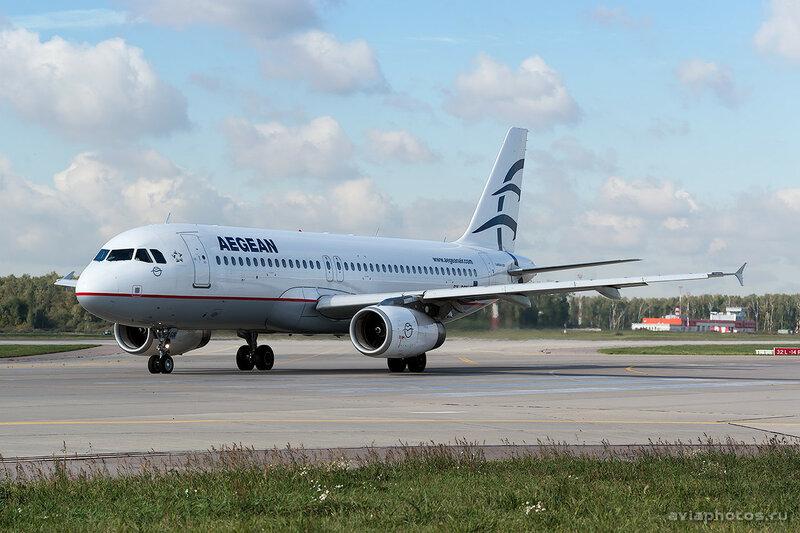 Airbus A320-232 (SX-DGN) Aegean 111_D801153