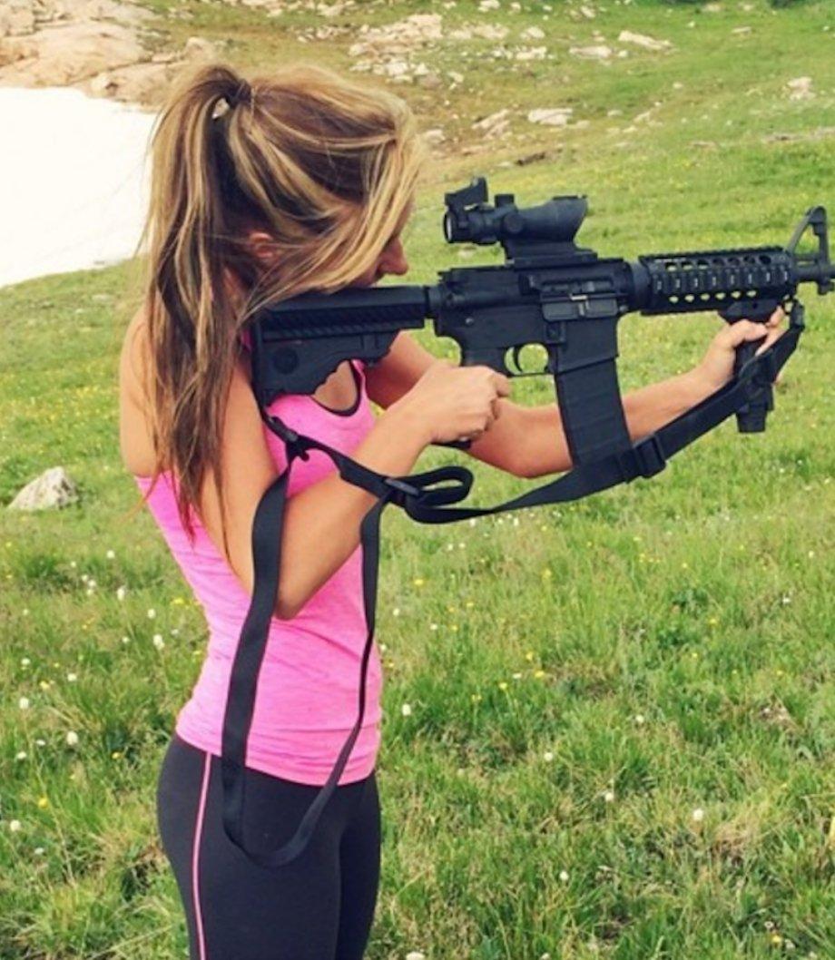 Девчонки с пушками..