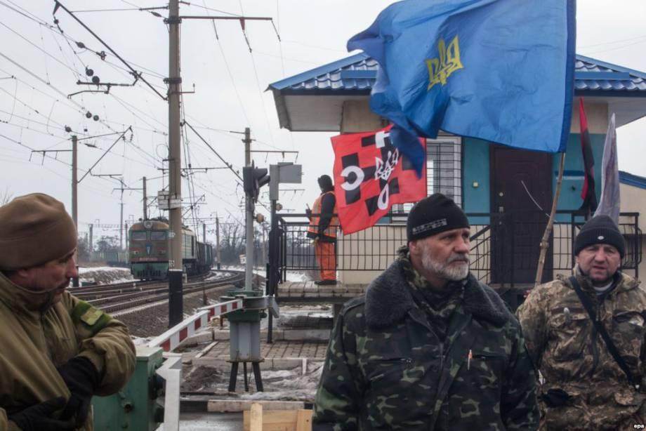 Блокираторы на Донбассе: реакция боевиков свидетельствует, что блокада работает
