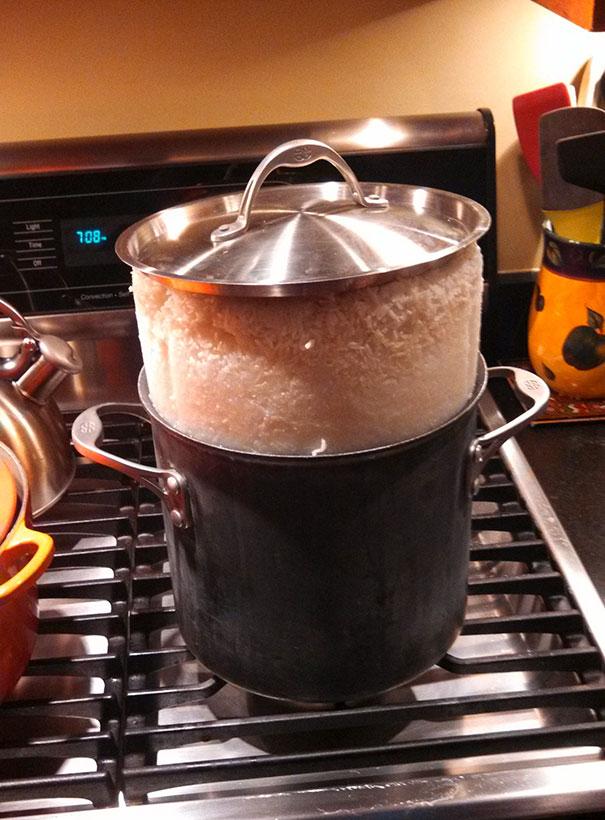 «Кажется, пора покупать рисоварку».