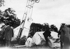 Вид аэроплана Блерио авиатора А.А.Кузминского , потерпевшего аварию.