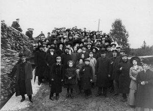 Группа членов Общества телесного воспитания Богатырь, участников экскурсии на Иматру. Сентябрь 1909