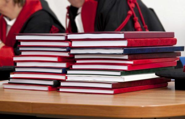 Первая всовременной РФ диссертация потеологии допущена кзащите
