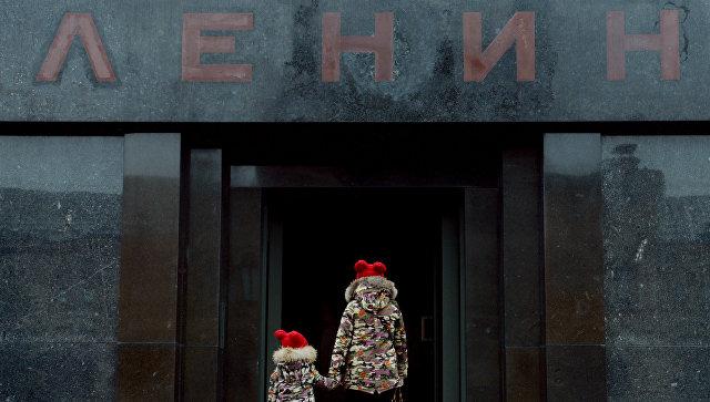 Митрополит Иларион- Ленина нужно было похоронить еще в 1991 году