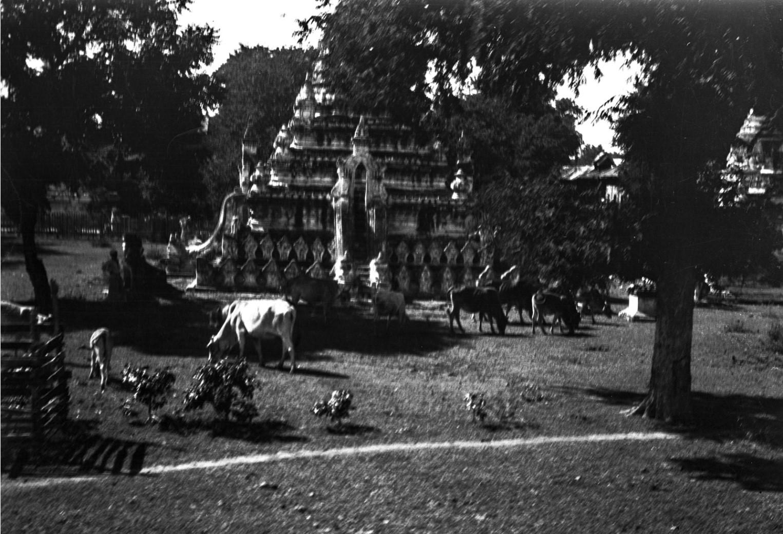 1078. Пагоды в Мандалай