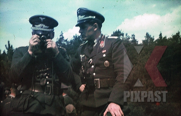 stock-photo-german-luftwaffe-flak-officers-camera-spanish-cross-in-silver-civil-war-medals-awards-russia-1941-3-flak-abt-701--8051.jpg