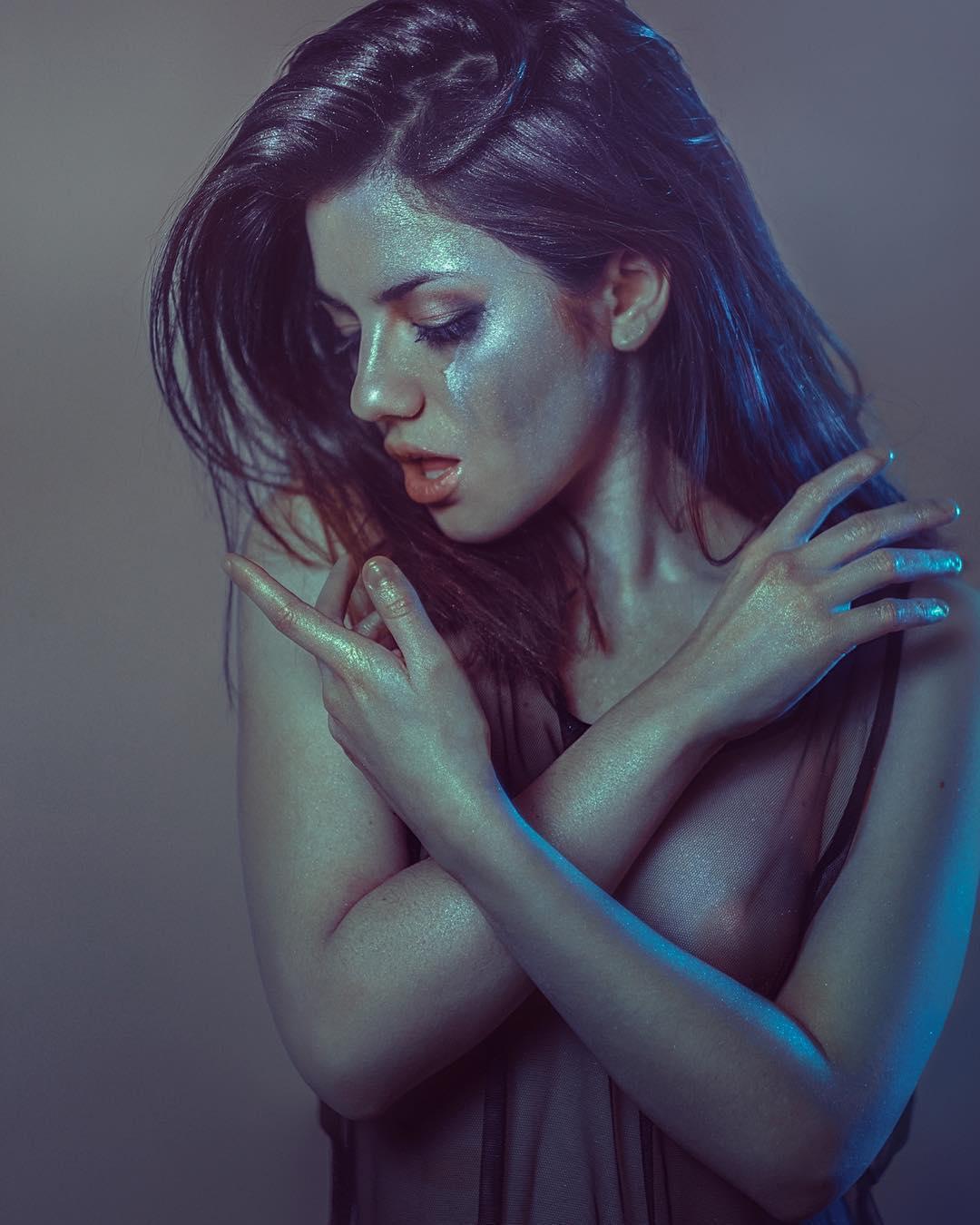 Яркие портреты девушек Рафа Санчеза