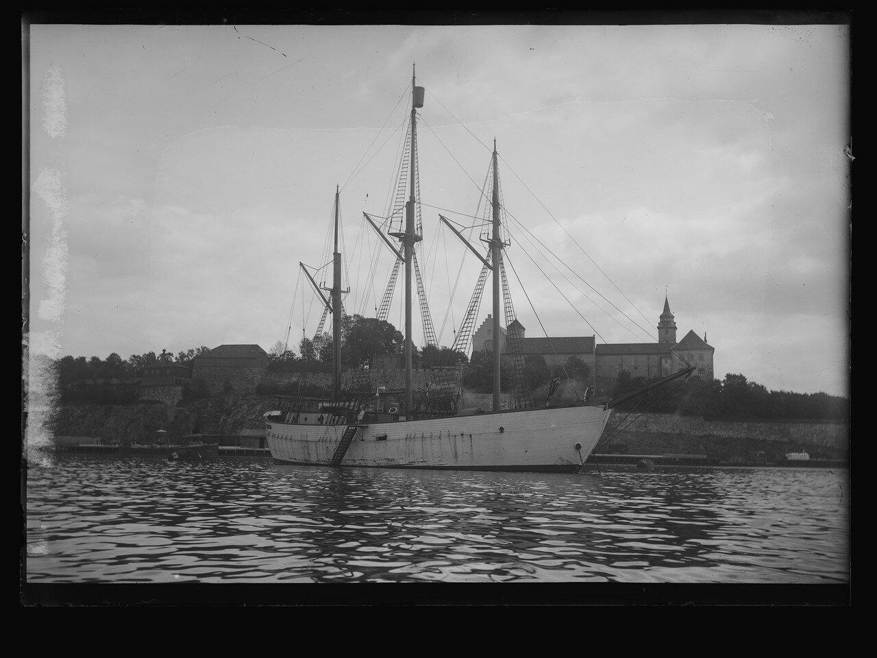 Polarskibet Maud