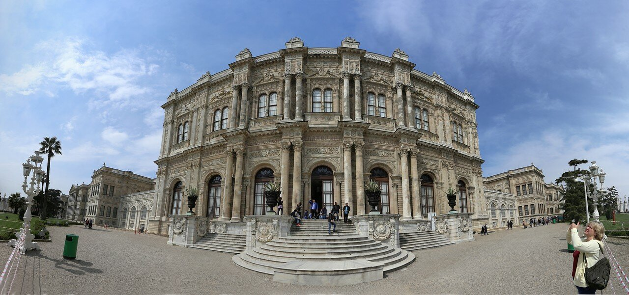 Стамбул, Дворец Долмабахче. Церемониальный зал (Muayede Salonu)