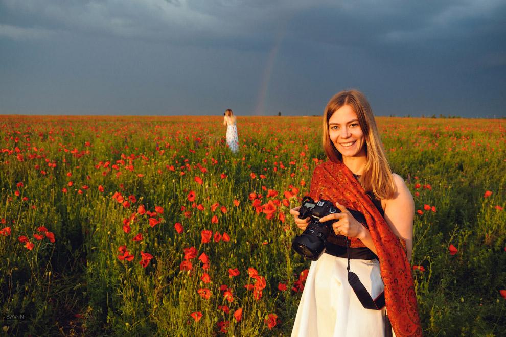 14. Благодаря уникальному ландшафту Крыма, можно находить пейзажи с маками на любой вкус. Несмо